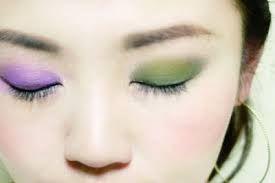 Image result for 化粧 アイシャドウ