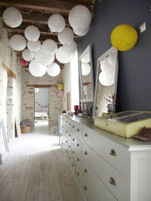 Amenager Une Piece Tout En Longueur aménager et décorer un couloir tout en longueur | normandie, salons