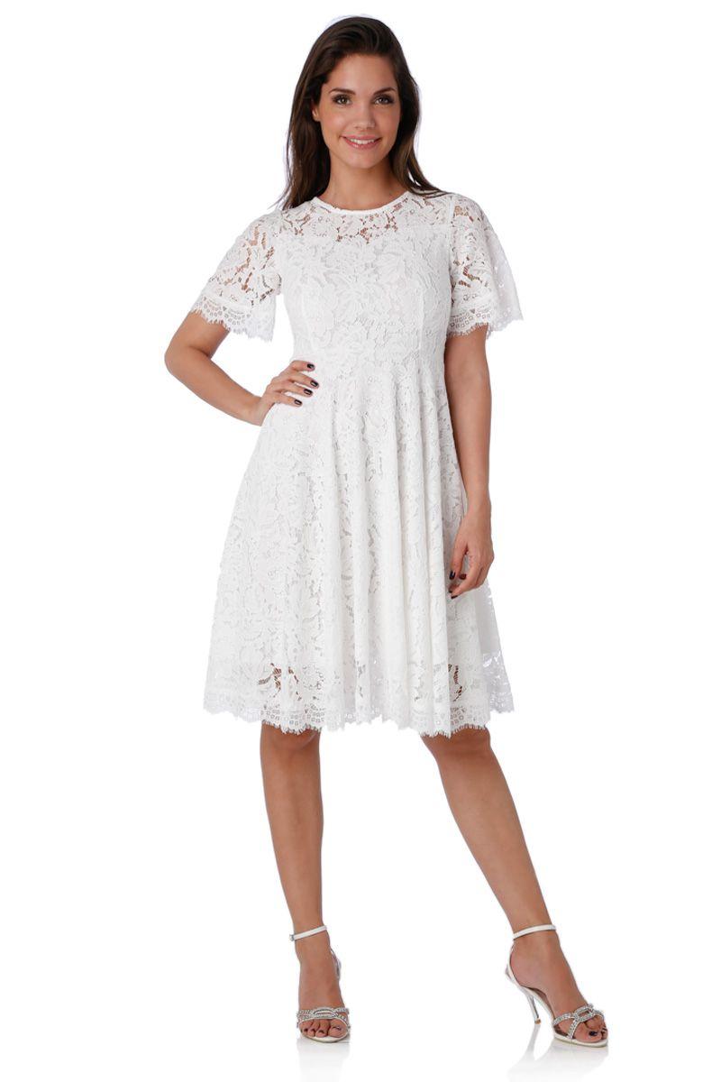 robe blanche entretien