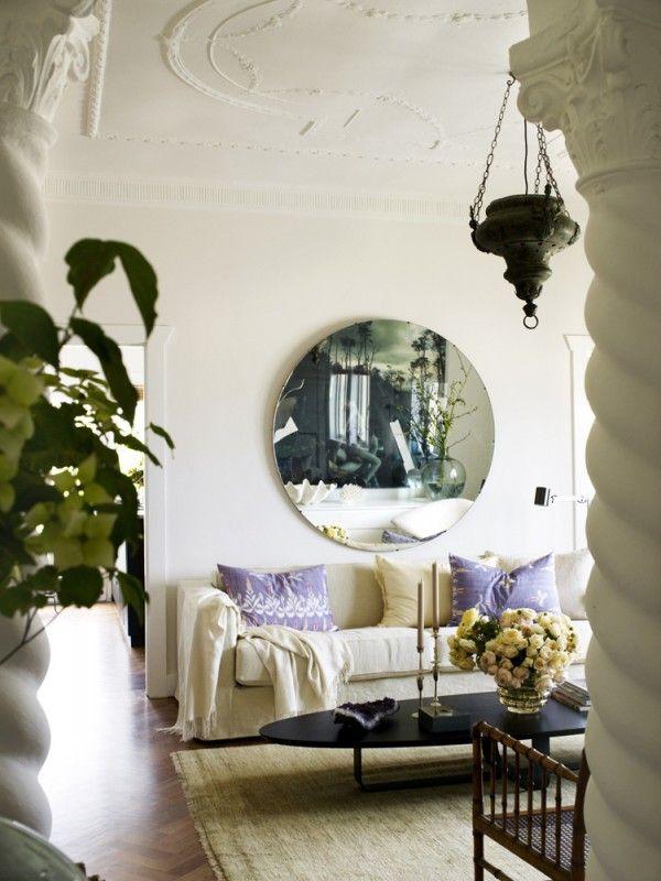 Dekorativer Spiegel mit Facette - macht sich auch im Wohnzimmer - wohnzimmer spiegel modern