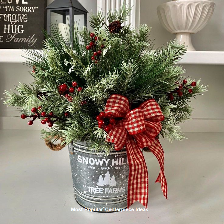 23 Christmas Centerpiece Ideas That Will Raise Everybody's Eyebrows #farmhousechristmasdecor