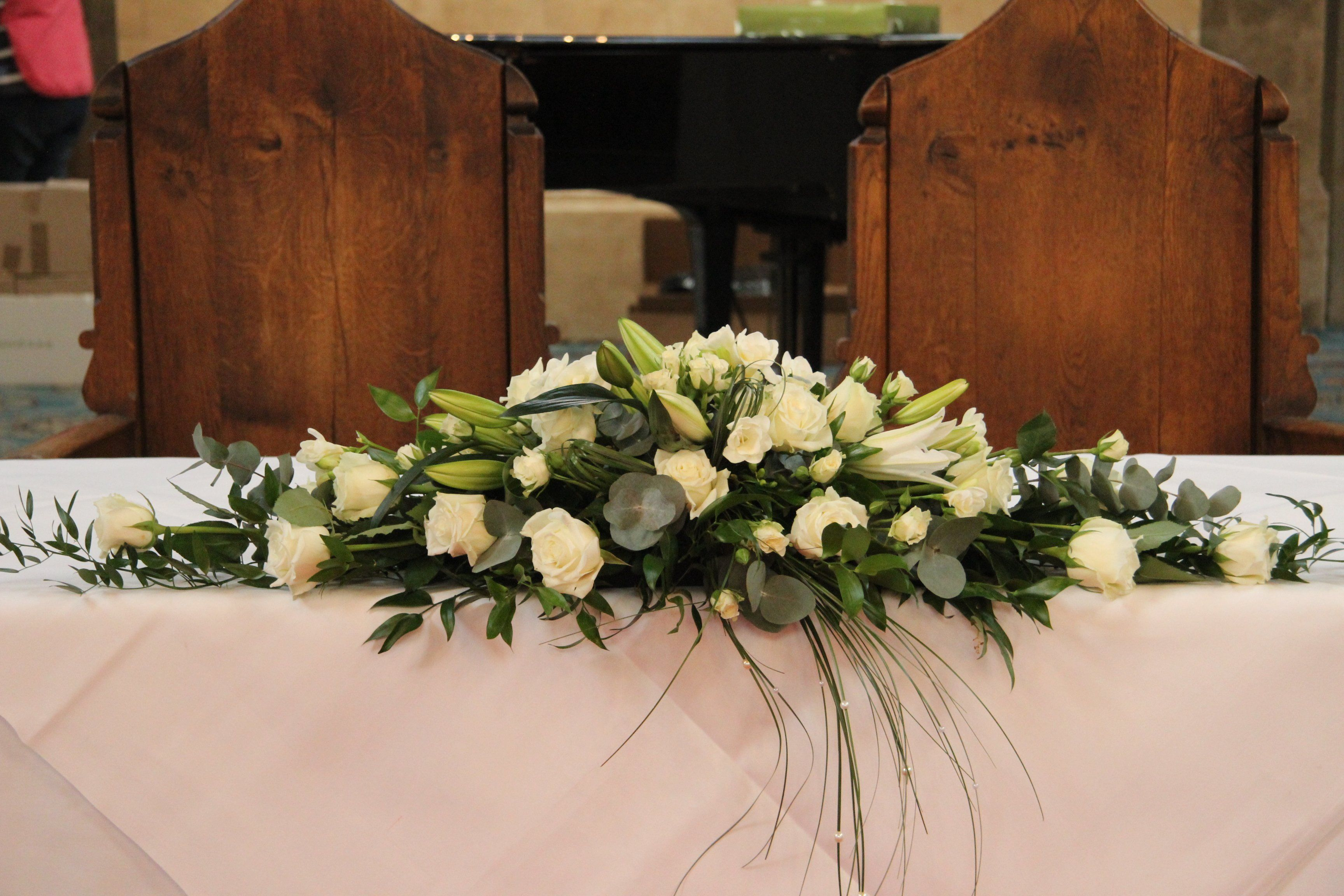Top table flower arrangements for weddings google search for Floral table decorations for weddings