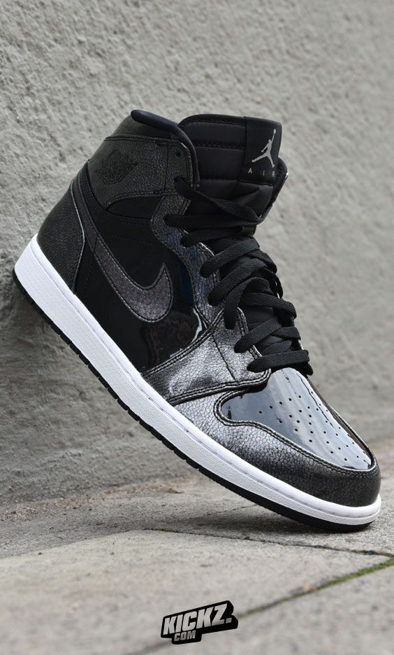 12580037aadc Jordan drops this shiny  Space Jam  edition of the Air Jordan 1 Retro to  celebrate the 20th anniversary of the iconic Warner Bros movie.