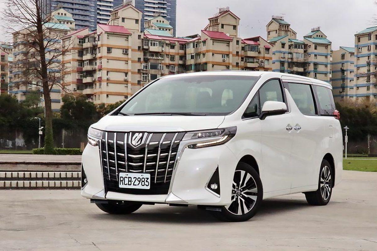 Mobil Alphard 2018 Bekas Harga Toyota Alphard 2018 Bekas Juni Di 2021 Transmisi Otomatis Toyota Mercedes Benz