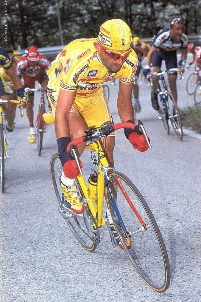 「Cycling Greats」おしゃれまとめの人気アイデア|Pinterest|Gilbert Ochoa