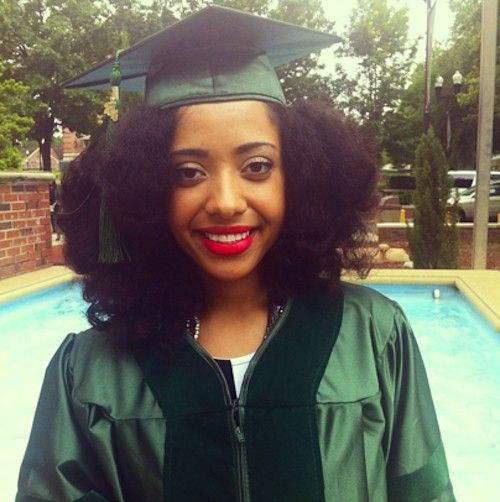 Graduation Hairstyles Girls: Kimberly // 3C Natural Hair Style Icon
