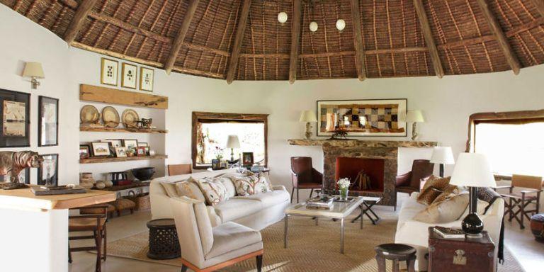 Indoor-Outdoor Living in Kenya | Living room designs ...