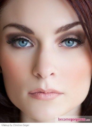 Casual Chic Smokey Eye Makeup Make Up Skin And Hair