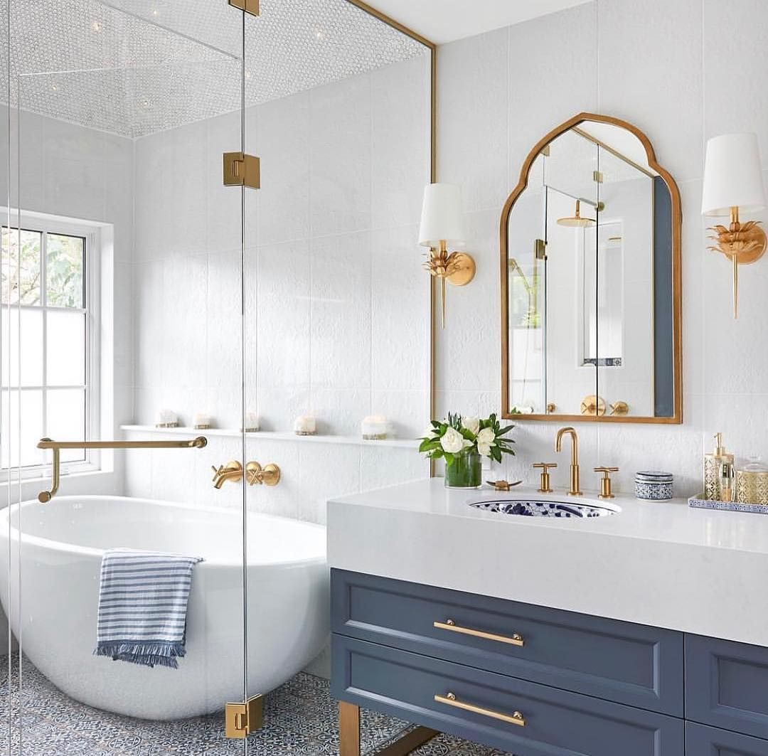 Blue White And Gold Bathroom Bathroom Inspiration Beautiful Bathrooms Bathrooms Remodel