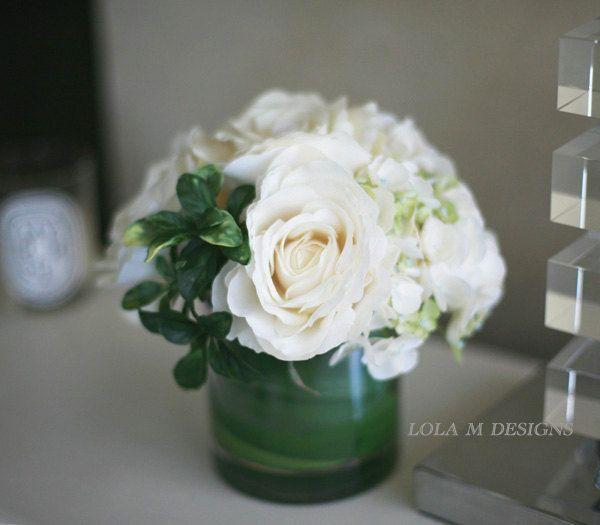 Best 25 White Flower Arrangements Ideas On Pinterest Floral Arrangements Table