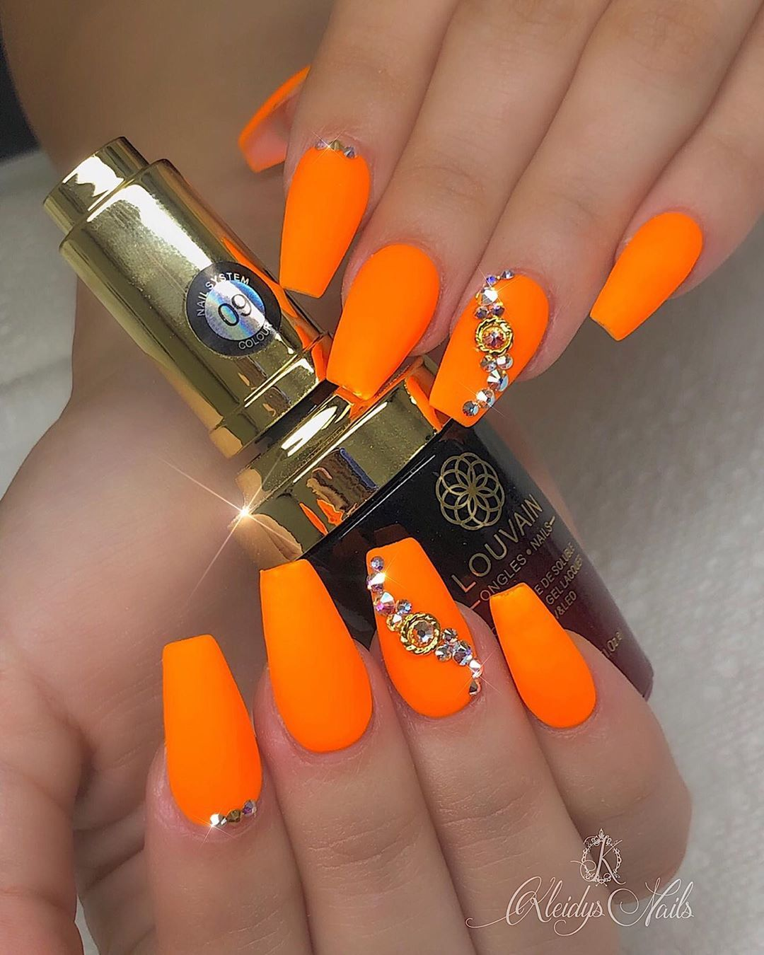 Electric Color 09 From Louvainofficial Glowinthedarknails Glow Nails 09 Beverlyhills Orange Nail Art Nail Art Designs Orange Acrylic Nails