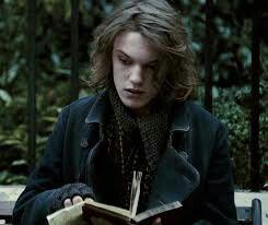 Jamie Campbell Bower As Gellert Grindelwald Harry Potter Characters Jamie Campbell Bower Jamie Campbell