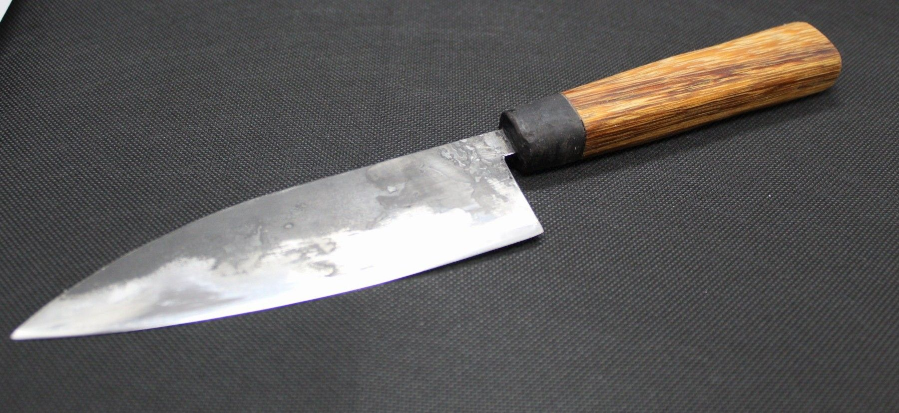 Japanese Kitchen Knife In 2020 Kitchen Knives High Carbon Steel Japanese Kitchen Knives
