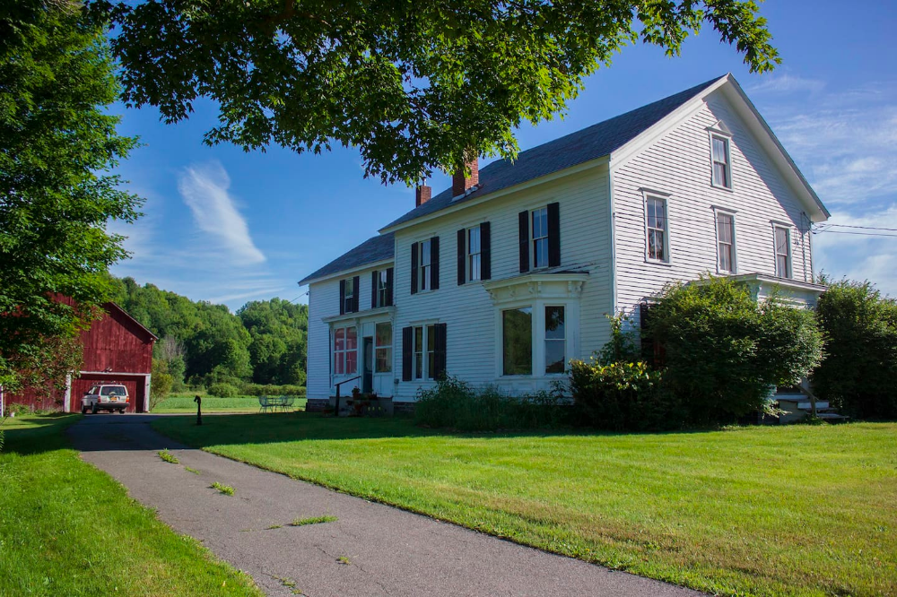 Large Stunning House With A Rustic Chic Vibe Houses For Rent In Salem New York United States Renting A House Rustic Chic House