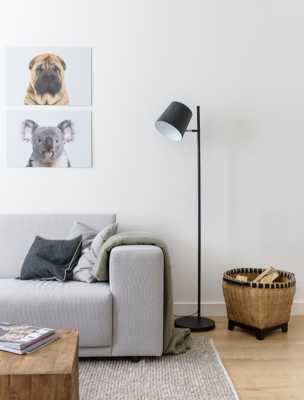 Baby rimpel hond en baby koala aan de muur in de woonkamer. Ook leuk ...