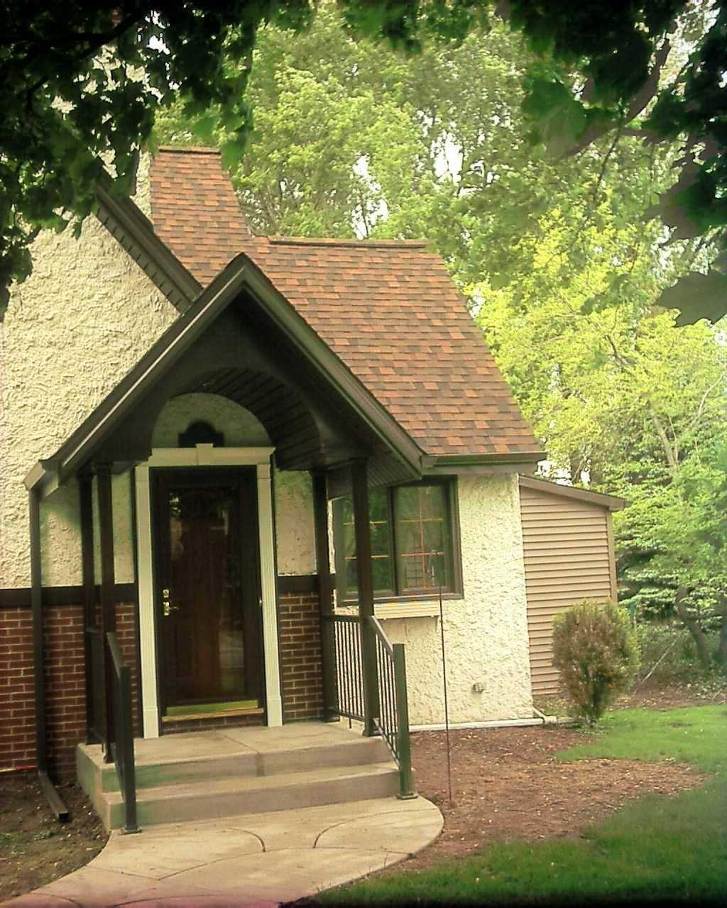 Best Brown Roof Roof Repair Roofing Contractors 400 x 300