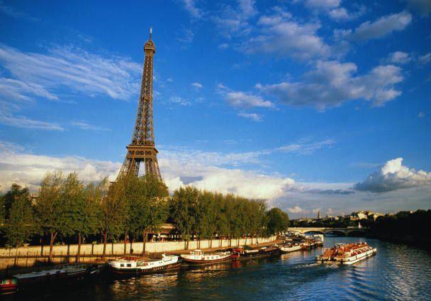 Sightseeing River Cruise Paris