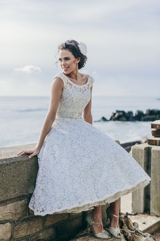 Tea Length Wedding Dresses The Prettiest Designs For Vintage Brides b83943a650ac