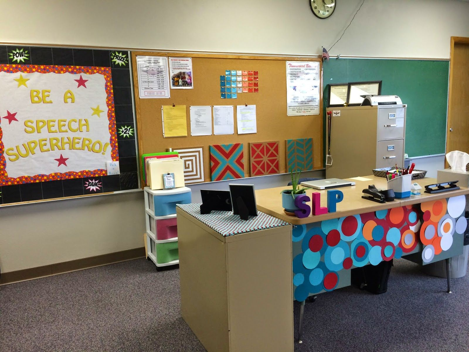 Decorating Room With Posters Space For Speech Decorating Your Large Classroom With Speech