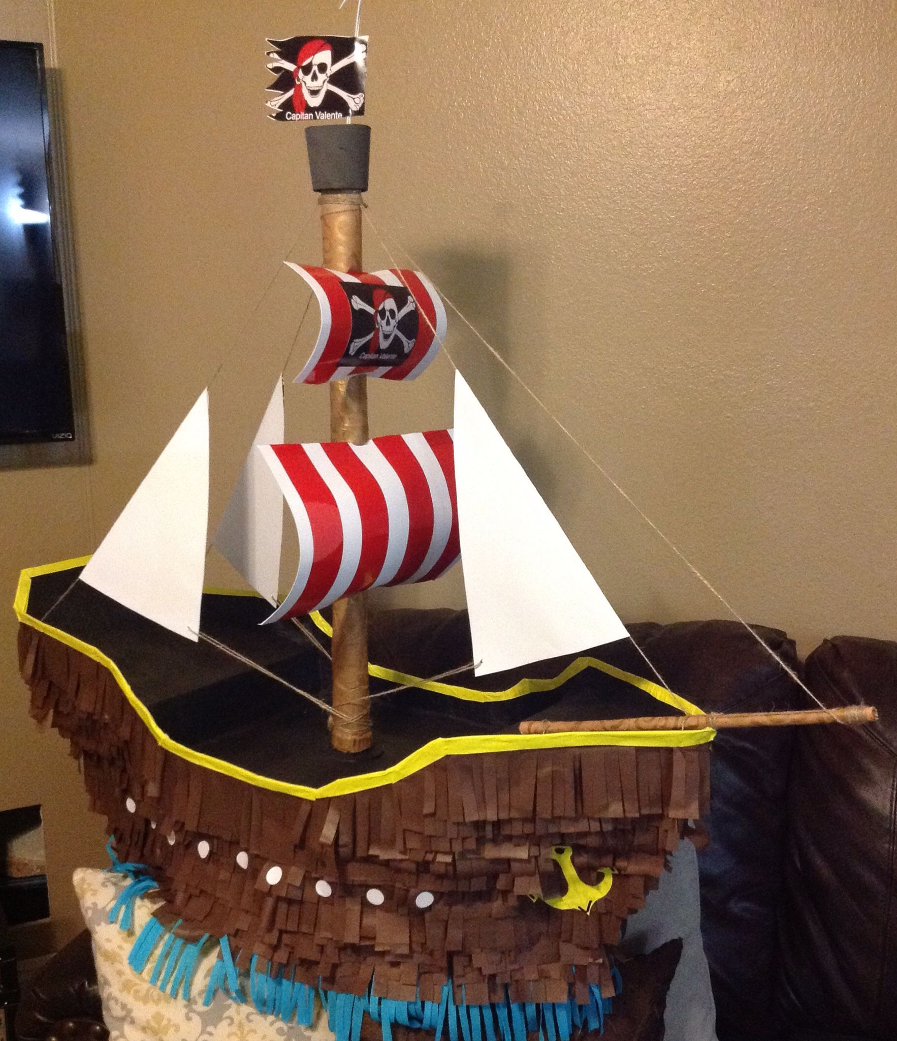 Piñata barco pirata   Fiesta pirata   Pinterest   Barco pirata ...