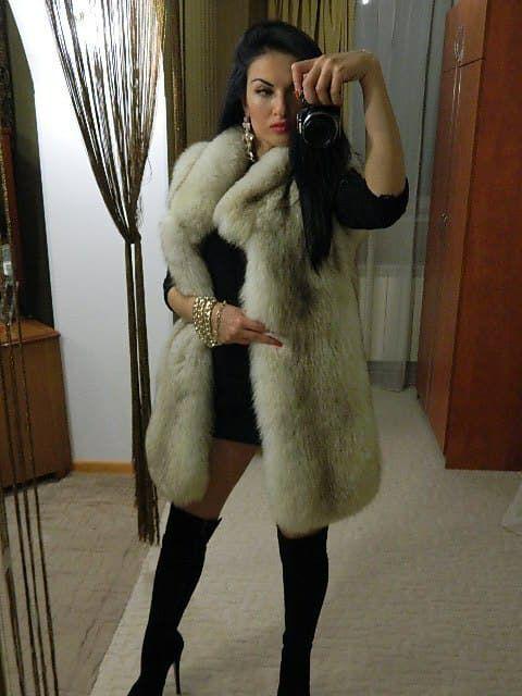 2a6153bb24 Pin szerzője: Roxana Russo, közzétéve itt: Roxana wonderful fur world  ekkor: 2019
