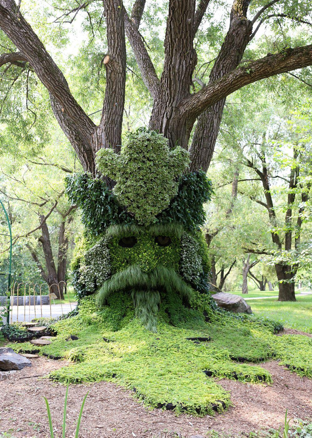 Montreal's Botanical Garden ~ photos by Barefeet In The Kitchen #botanicgarden