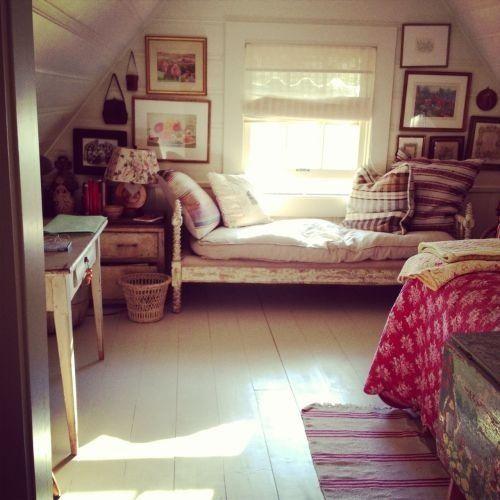 die besten 25 unordentliches schlafzimmer ideen auf pinterest schlafzimmer schlafzimmer. Black Bedroom Furniture Sets. Home Design Ideas