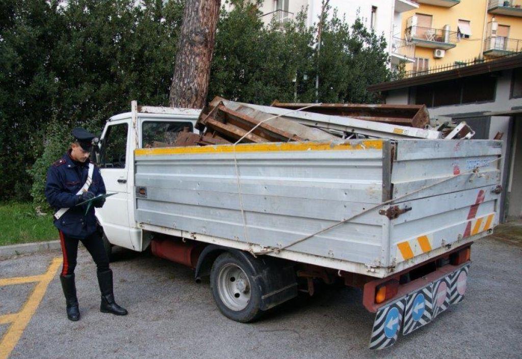 Controlli dei Carabinieri in materia inquinamento: due persone denunciate in Provincia di Benevento