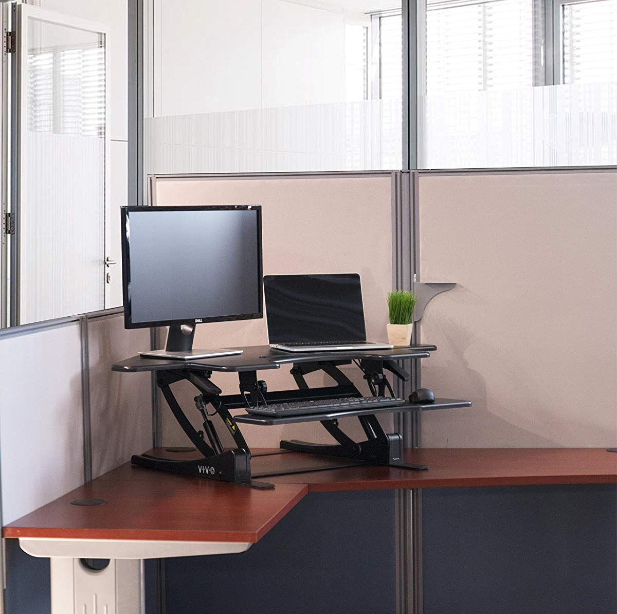 Black Corner Standing Height Adjustable Cubical Sit to
