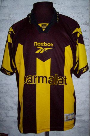 34a60cddb43 Peñarol 1998 titular Football Kits