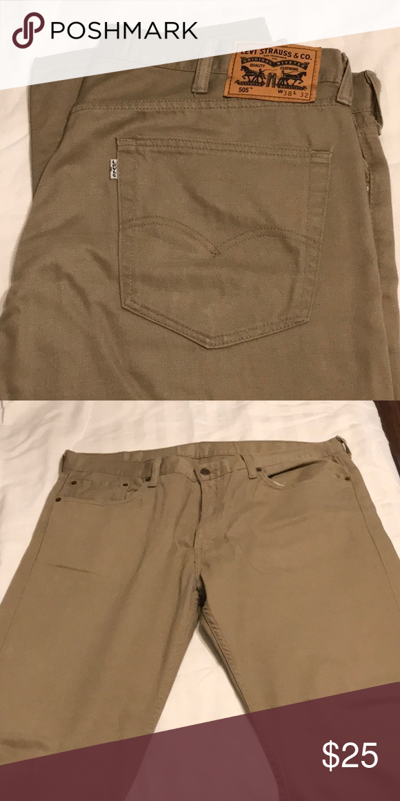 f9146bbb35 Levi's 505 khaki pants 38x32 Like new Very little wear No holes, stains,  smells Levi's Jeans Straight