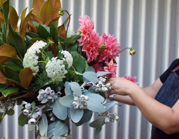 How To Arrange Flowers Step By Step With My Fave Local