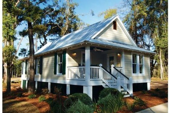 Cottage Style House Plan 3 Beds 2 Baths 1025 Sq Ft Plan 536 3 Cottage Style House Plans Cottage Style Homes Beach House Plans