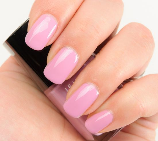 Chanel Sweet Lilac (615) & Pink Tonic (619) Le Vernis Nail Colour Reviews, Photos, Swatches