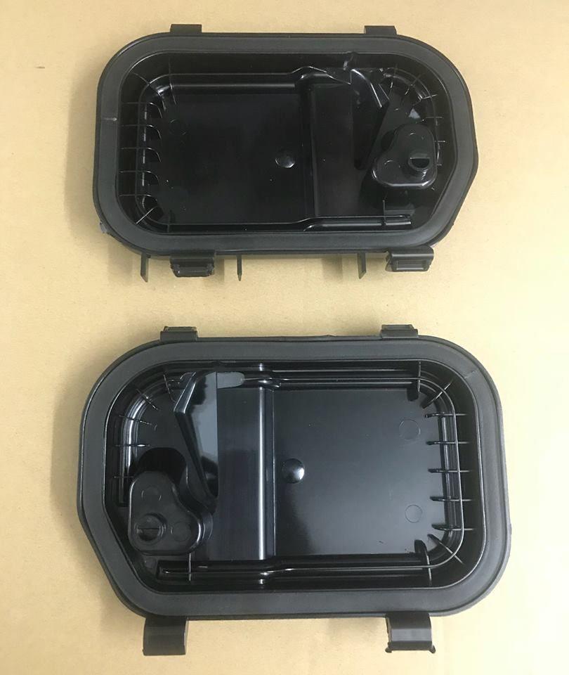NEW GENUINE AUDI A6 S6 RS6 C6 O//S RIGHT HEADLIGHT COVER CAP 4F0941158
