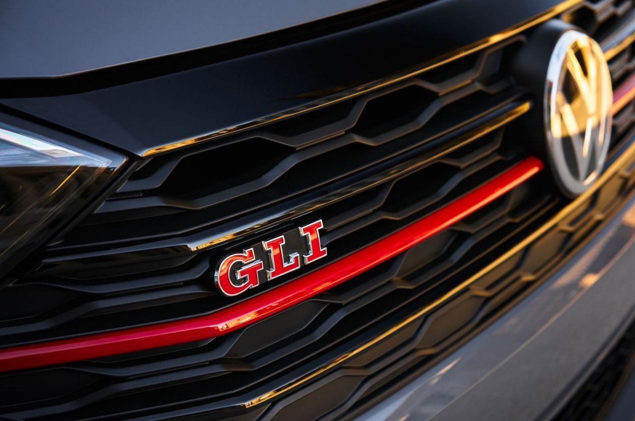 See Photos Of The New 2019 Volkswagen Jetta Gli Volkswagen Jetta