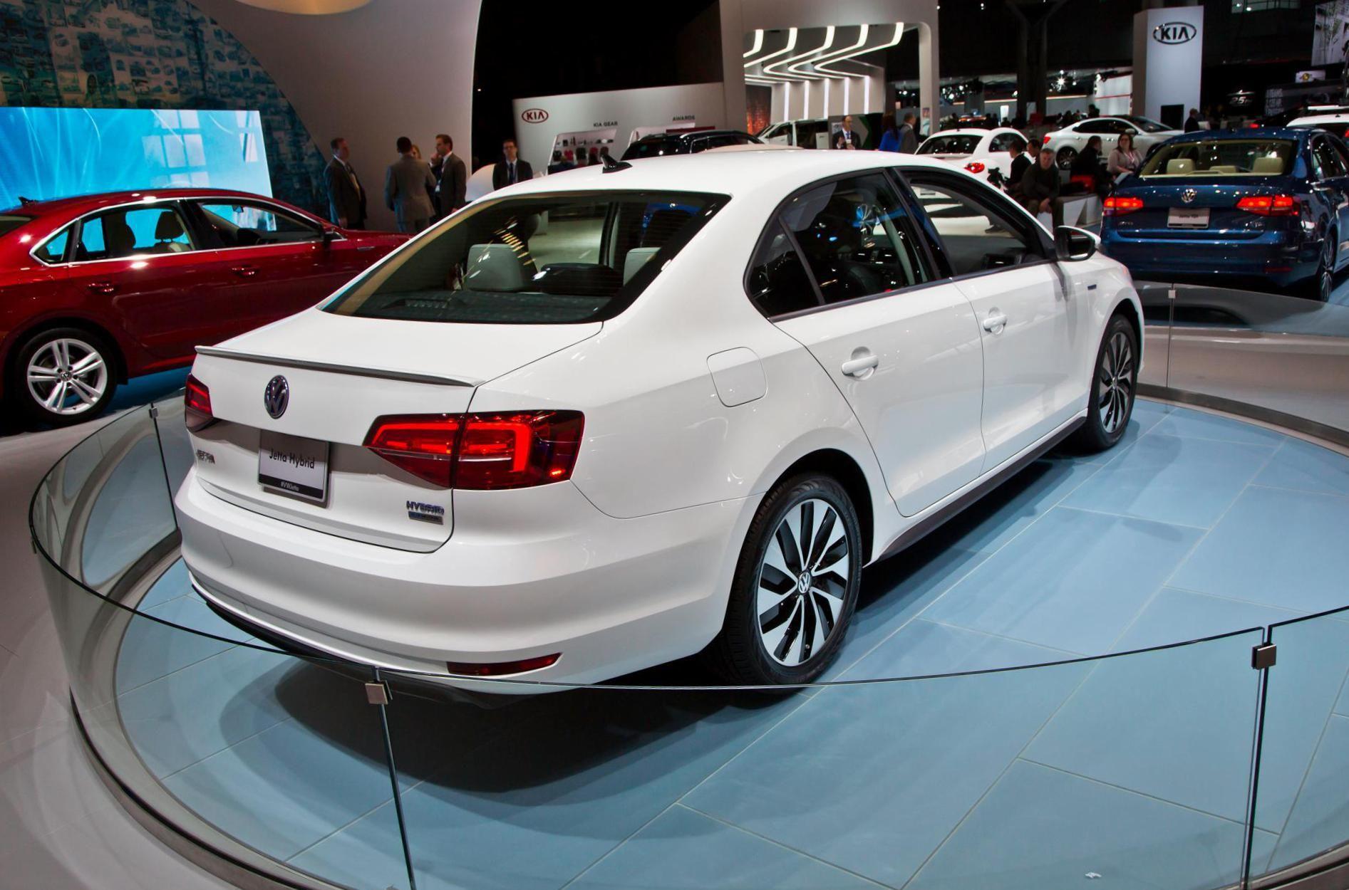 Volkswagen Jetta Hybrid new - http://autotras.com