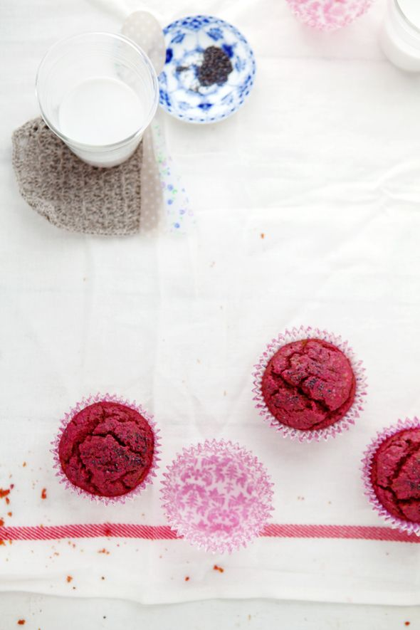 Our new favorite red beet and poppy seed muffins :: Cannelle et Vanille