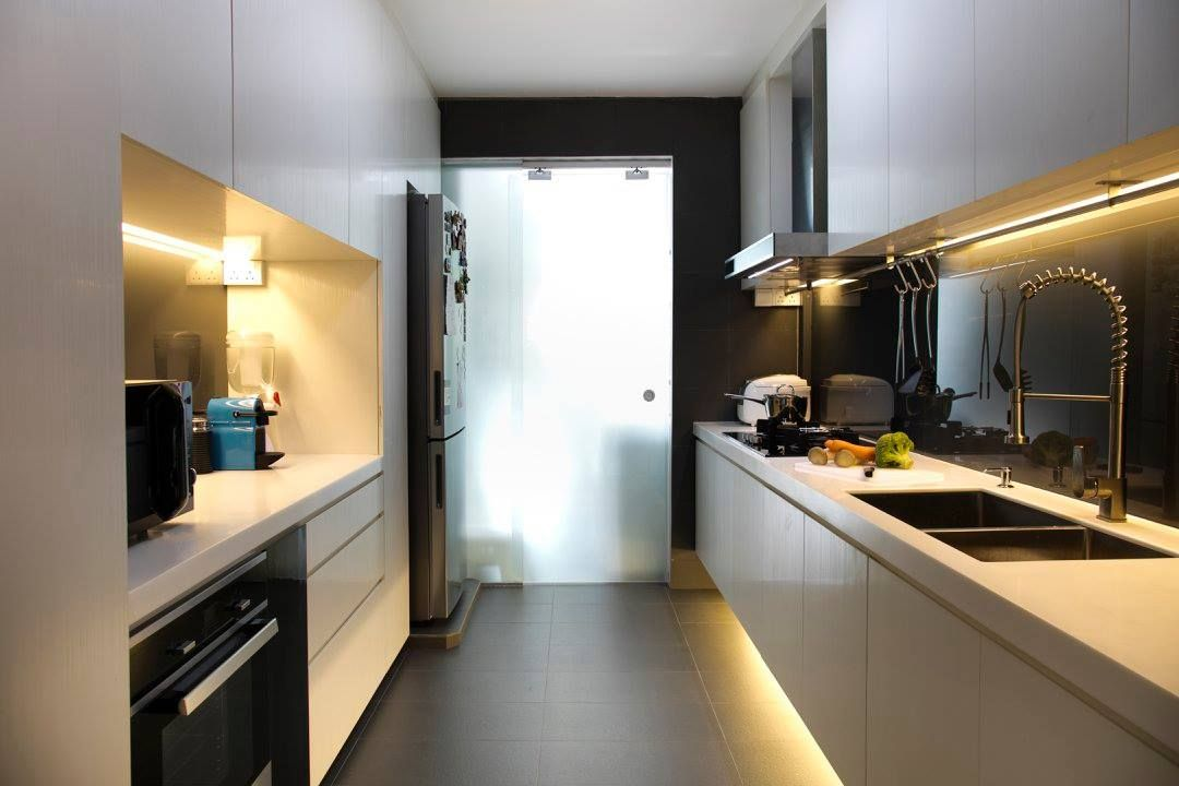 13 gorgeous galley kitchen ideas for your small hdb flat in 2020 home renovation renovation on kitchen ideas singapore id=84098