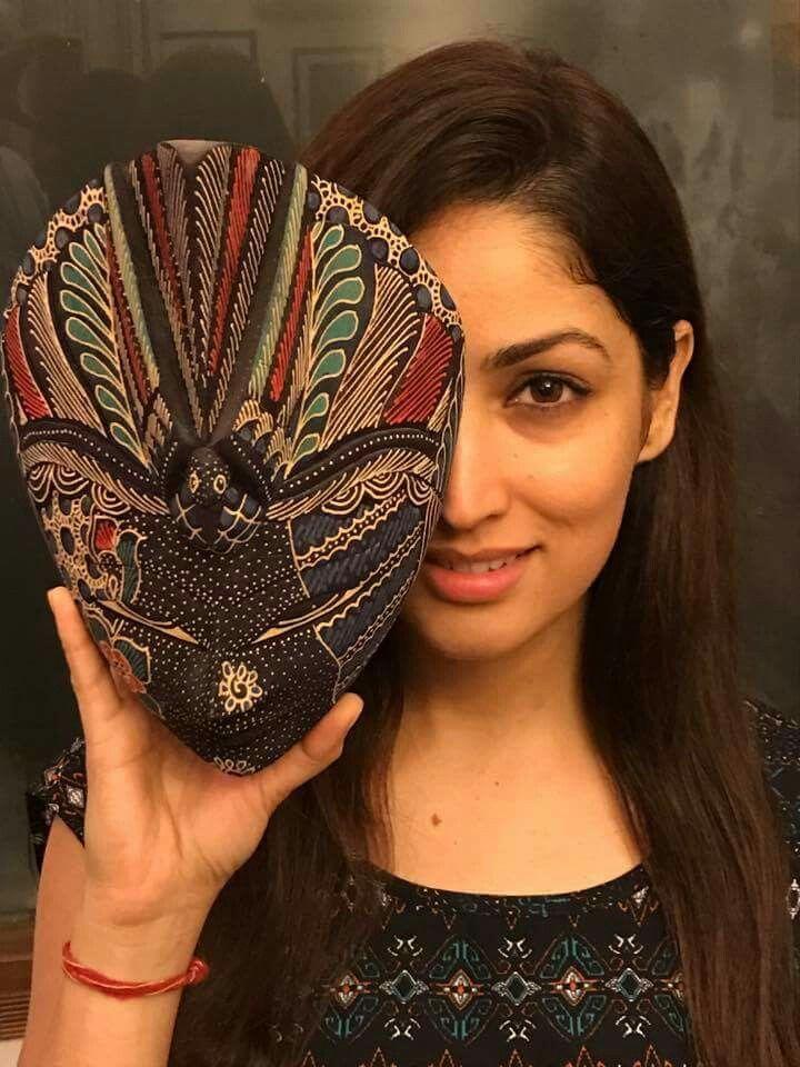 Pin By Saptarshee Raha On Bollywood Beauties Bollywood Girls Yami Gautam Most Beautiful Indian Actress