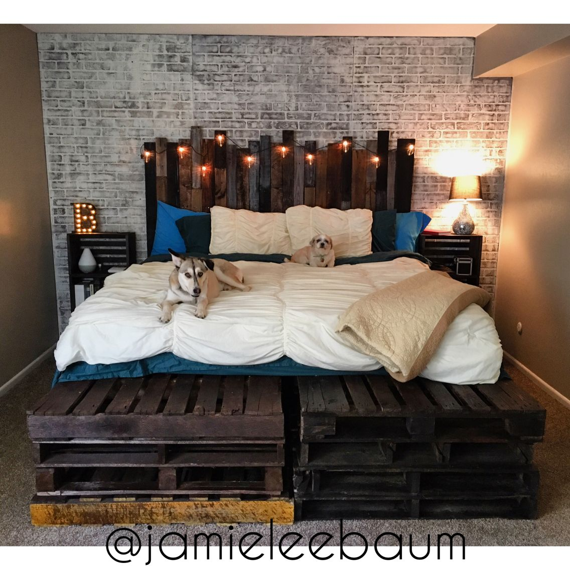 King size pallet bed and headboard diy rustic industrial for King size bed designs