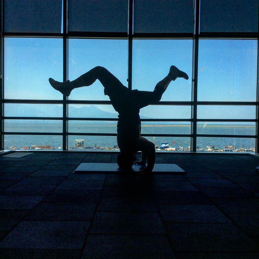 #sportsınternationalizmir  #flexibilty #stretching #yogapractice #yogaflexibility #strongyoga #stron...