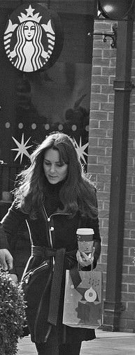 Kate Middleton makes a Starbucks run