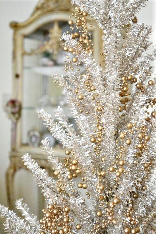 44 Refinado de oro y negro Decoración de Navidad Ideas | DigsDigs ...