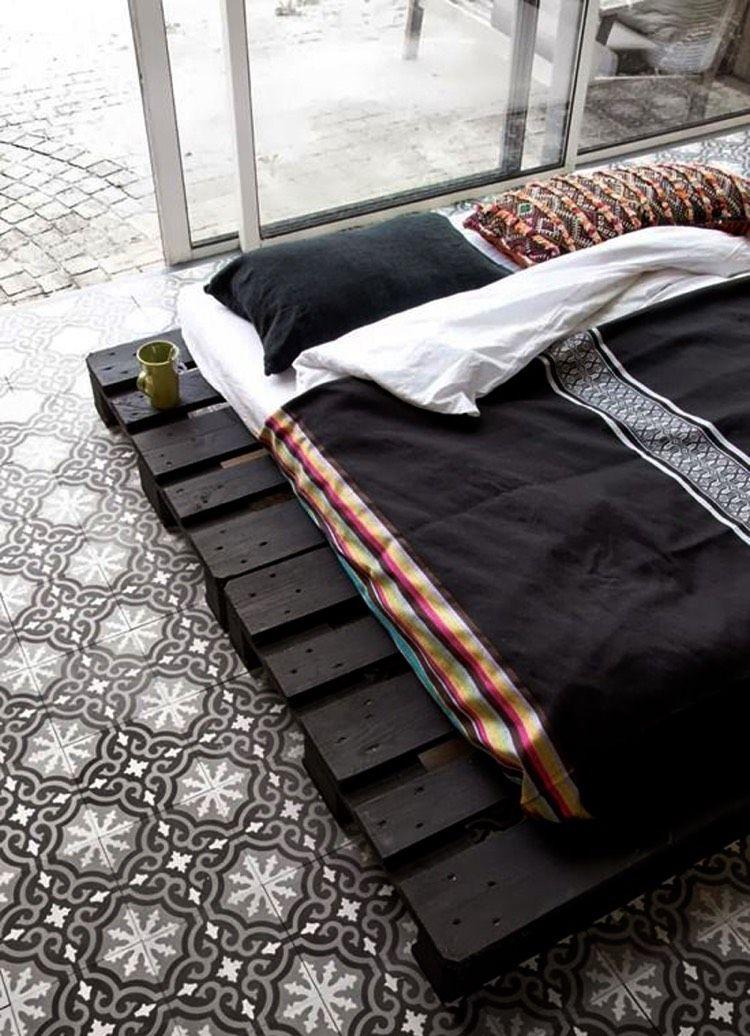 Europaletten schwarz lackiert   Sleepingroom Schlafzimmer ...