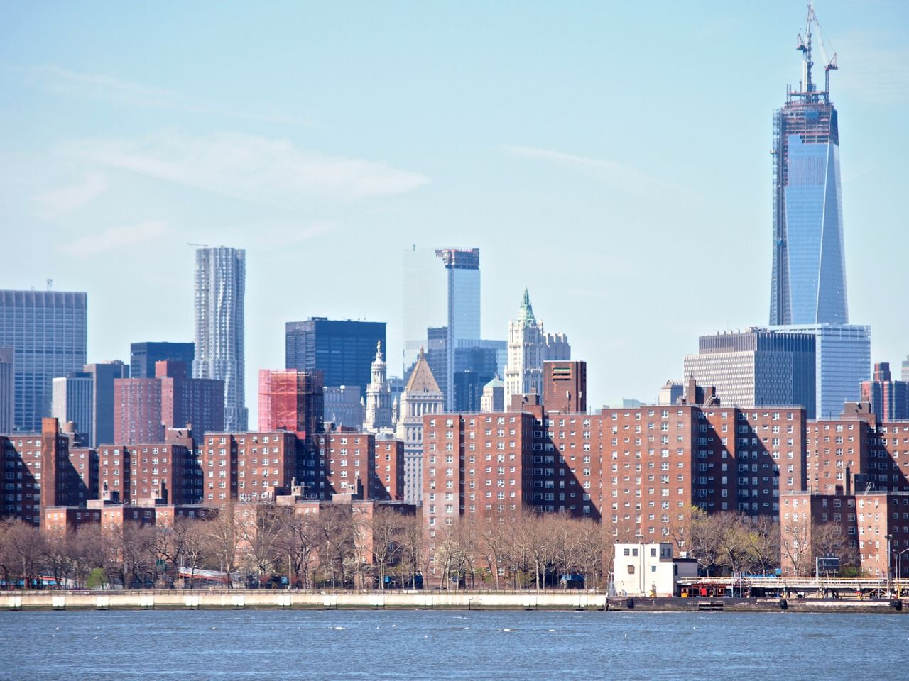 From Brooklyn Lower Manhattan Low Income Housing With Wall St Behind 4 13 Lower Manhattan New York Skyline Skyline