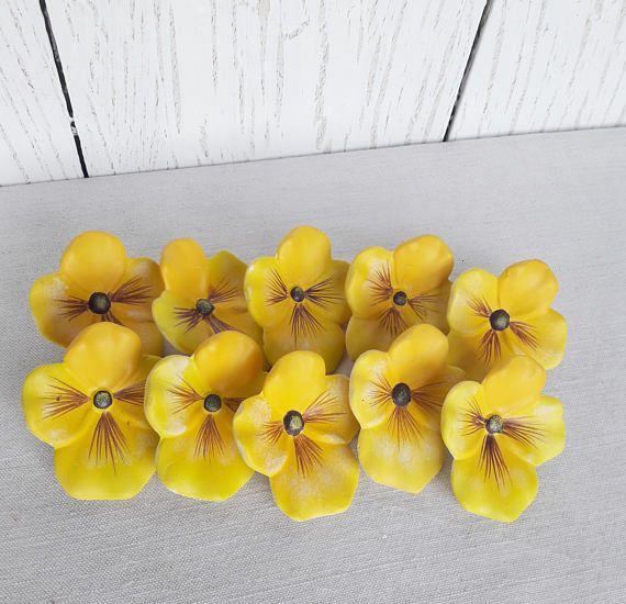 Yellow flowers Wall art Ceramic flowers Pottery flowers Wall | קדרות ...