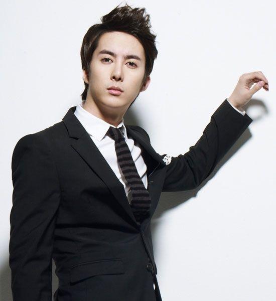 SS501's Kim Hyung Jun Will Soo...