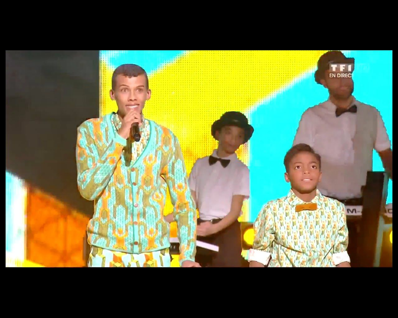 Stromae Papaoutai French Eng Lyrics מתורגם