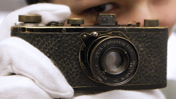 Vintage Leica becomes most expensive camera after fetching $2.8million at auction - - - Latest news - Guinness World Records